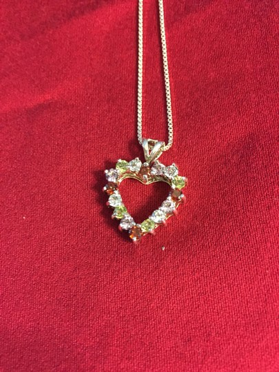 """Ross-Simons Ross Simons 18"""" Box Link Sterling Silver Chain w/Heart Pendant of Gemstones EUC* WITH BOX"""