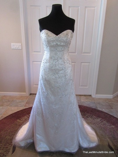 Essense Of Australia 6012 Wedding Dress
