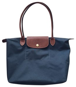 Longchamp Tote in Navy