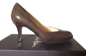 Cole Haan Leather mahogany brown patent Pumps