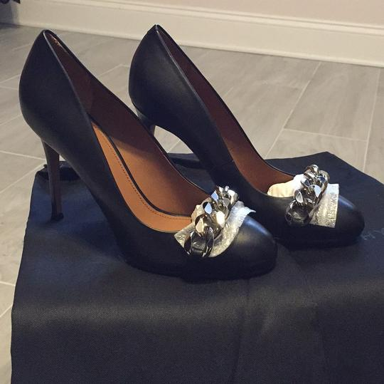Givenchy Blac Pumps
