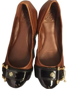 Tory Burch Toffee Flats