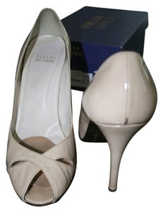 Stuart Weitzman Pump Patent Leather Beige Pumps