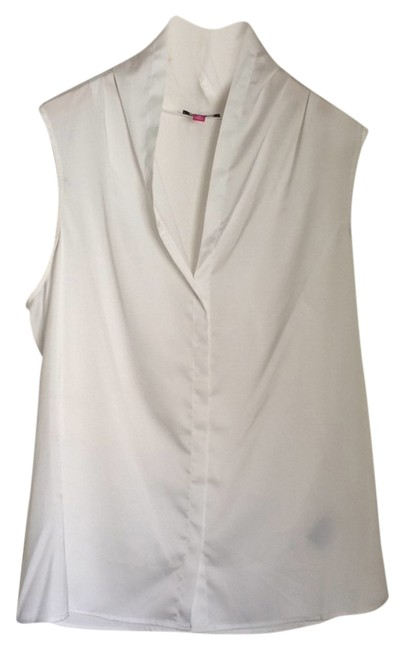 Preload https://item4.tradesy.com/images/vince-camuto-white-sleeveless-tank-topcami-size-8-m-5652838-0-0.jpg?width=400&height=650