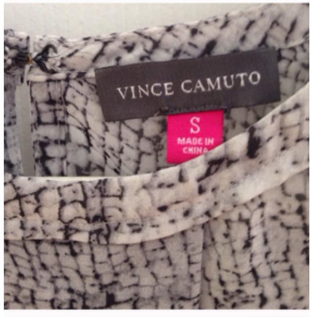 Vince Camuto Top Gray