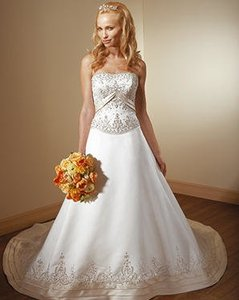 Mori Lee Other Duchess Satin 2102 Traditional Wedding Dress Size 6 (S)