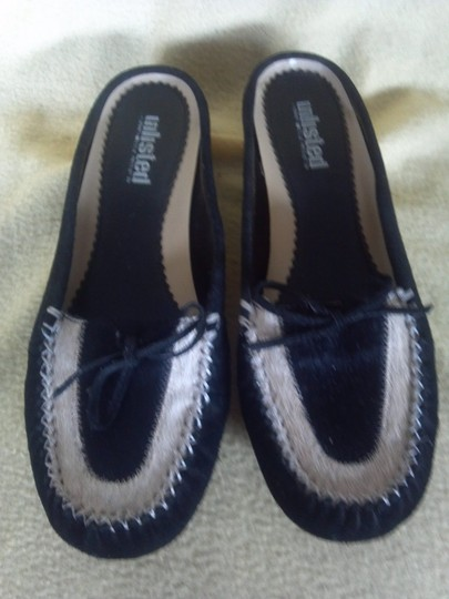 Unlisted by Kenneth Cole Black and white Flats Image 5