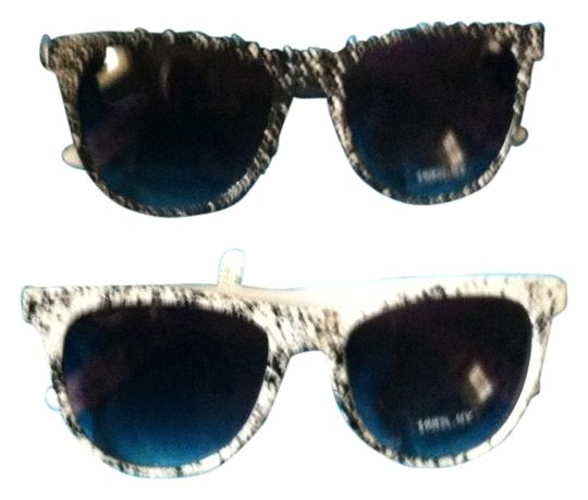 Body Central New With Tags 2 Pairs Of white/Black Sunglasses-Retail Both $ 29.98