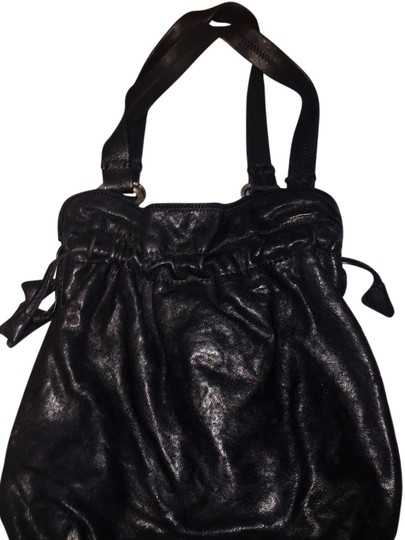 Preload https://item3.tradesy.com/images/lucky-brand-tulip-bucket-with-drawstring-black-leather-hobo-bag-5660677-0-0.jpg?width=440&height=440