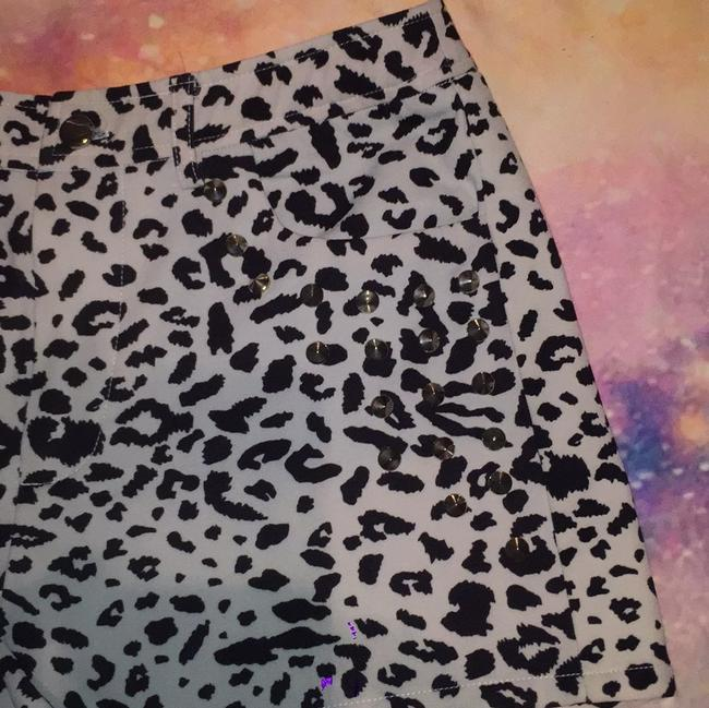 Forever 21 Dress Shorts Leapord