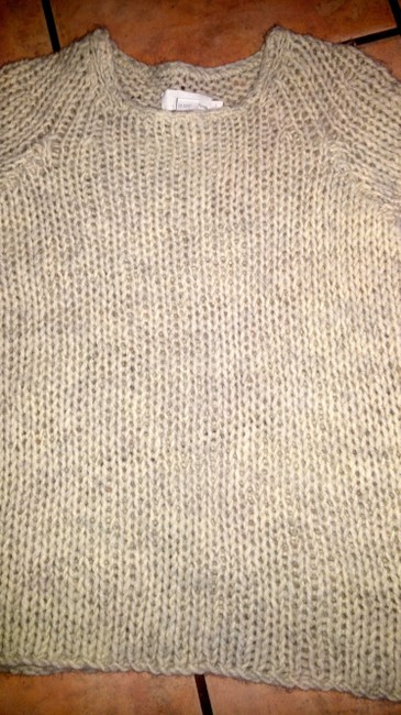 DKNY Size Large Stretchy Sweater