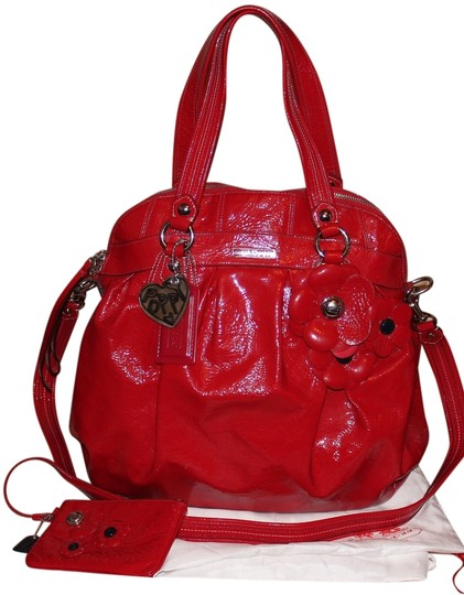 Preload https://item4.tradesy.com/images/coach-2-piece-poppy-patent-with-flower-large-highlight-16313-leather-tote-5664493-0-1.jpg?width=440&height=440