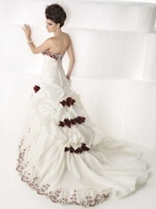 Private Label by G Ivory Taffeta 1383 Modern Wedding Dress Size Other