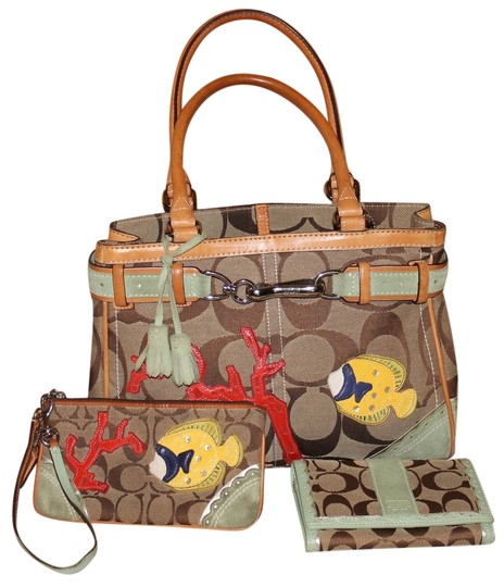 Preload https://item2.tradesy.com/images/coach-3-piece-hampton-limited-edition-coral-fish-applique-signature-jaquard-and-leather-satchel-5664796-0-0.jpg?width=440&height=440