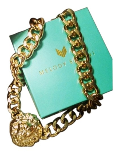 Preload https://item1.tradesy.com/images/gold-plated-queen-of-the-jungle-necklace-5669815-0-9.jpg?width=440&height=440