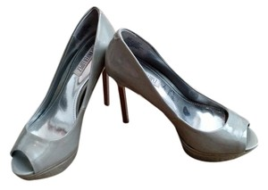 75d38c176ea3 Women s Silver Jennifer Lopez Shoes - Up to 90% off at Tradesy