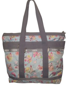 LeSportsac Tote in Multi colored