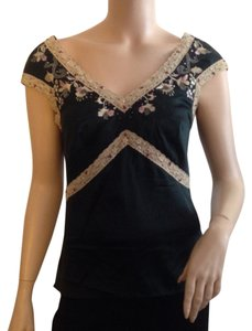 Mandalay Top Black