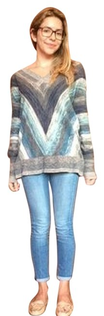 Preload https://item1.tradesy.com/images/free-people-weather-sweater-5673055-0-0.jpg?width=400&height=650