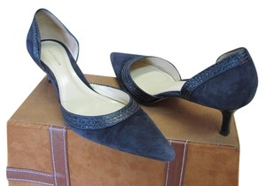 Ann Taylor Very Good Condition Leather Navy Pumps