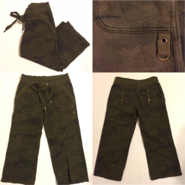 Juicy Couture Capri/Cropped Pants Army print