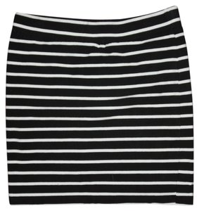 Forever 21 Mini Skirt Black and White