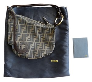 Fendi Vintage Leather Shoulder Bag