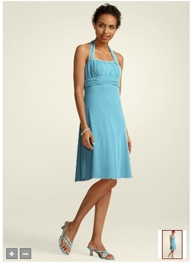 David's Bridal Blue Chiffon Short Halter with Pleating Style F13954 Formal Bridesmaid/Mob Dress Size 8 (M)