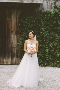Zhao Sister Wedding Dress