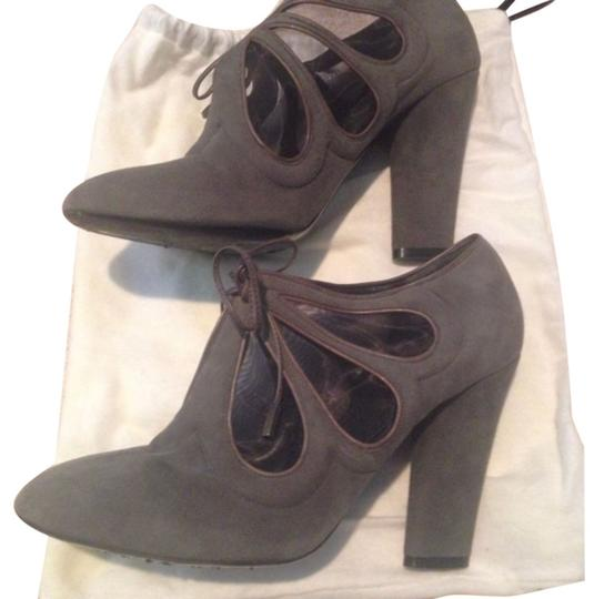 Preload https://item3.tradesy.com/images/marc-jacobs-grey-suede-lace-up-bootsbooties-size-us-8-regular-m-b-5681842-0-0.jpg?width=440&height=440
