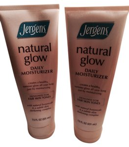 Jergens Jergens Natural Glow Moisturizing Lotion and Self Tanner