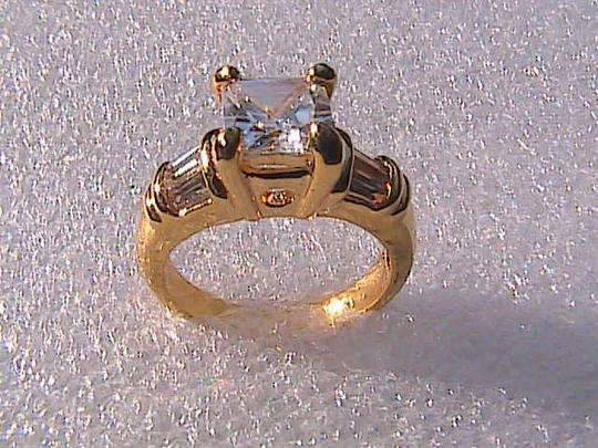 Other 14k Yellow Gold Filled White Topaz Band Ring (Stock#23)