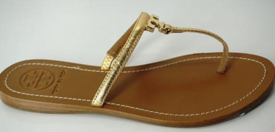 1c03d60ed1fed ... Tory Burch T Logo Flat Leather Thong Metallic Flip Gold Sandals Image 1