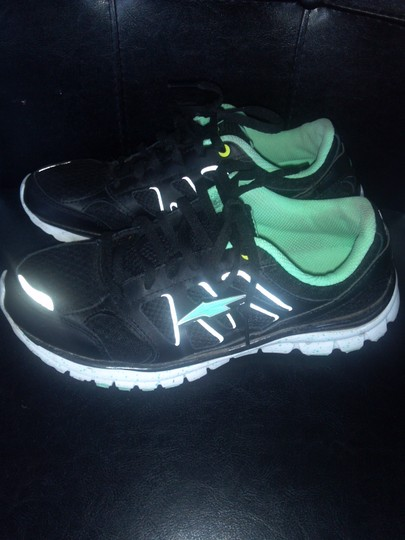 Avia Black and green Athletic