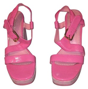 Louis Vuitton Pink Wedges