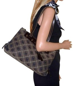 Dooney & Bourke Tassels Quilted Signature Tote in Brown