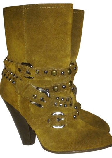 Preload https://item5.tradesy.com/images/steve-madden-brown-boots-5699854-0-0.jpg?width=440&height=440