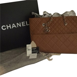 Chanel Quilted Chain Leather Tote in Caramel