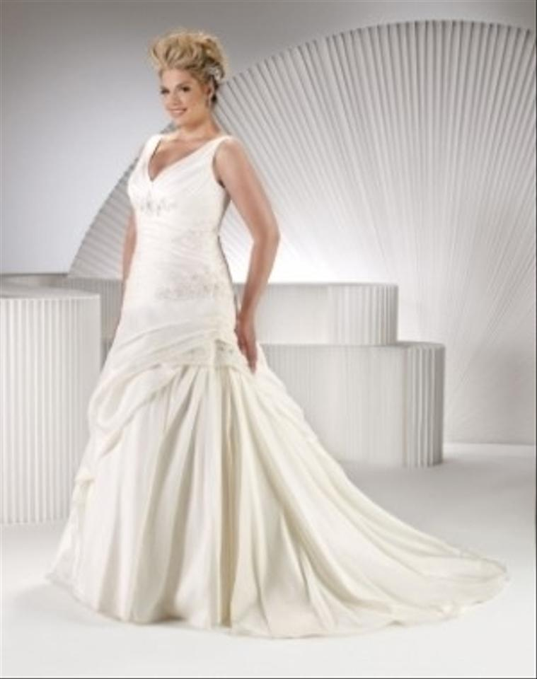 Private label by g sp3352 wedding dress tradesy weddings for Private label wedding dress