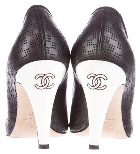 Chanel White Leather Round Toe Stiletto Perforated Print Cc Logo Monogram Heel 40 10 New Black Pumps