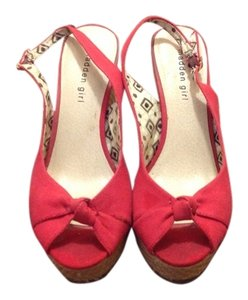 Madden Girl Red Wedges
