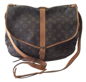 Louis Vuitton Leather Saumur Monogram Messenger Bag