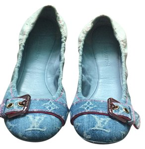 Louis Vuitton Blue and pink Flats