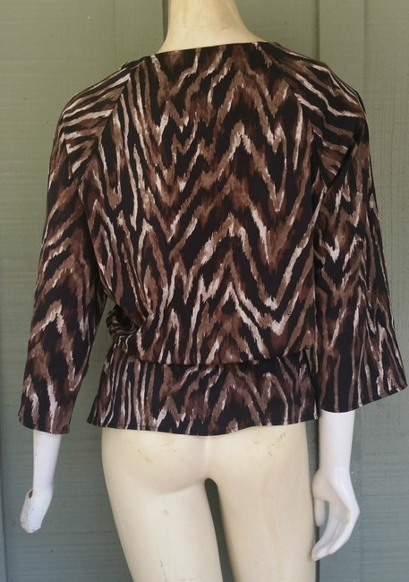 Chico's Animal Print Tiger Striped Pull-on Top Brwon