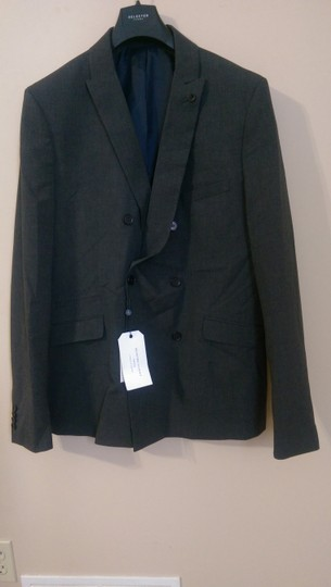Preload https://item3.tradesy.com/images/selected-homme-selected-homme-gray-blazer-size-us-44-nwt-5715622-0-0.jpg?width=440&height=440