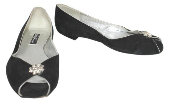Preload https://item1.tradesy.com/images/black-silver-insoles-suede-36-flats-size-us-6-regular-m-b-5717890-0-0.jpg?width=440&height=440