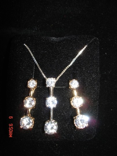 Other PAST PRESENT & FUTURE ZIRCONIA'S GOLD OVER STERLING SILVER PENDANT & EARRINGS NEW