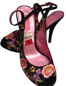 Betsey Johnson Wrap Around Peep Toe Embroidered Ankle Strap Black satin with flower detail Pumps