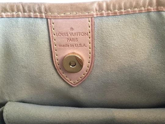 Louis Vuitton Best Buy 4 Money Shoulder Bag