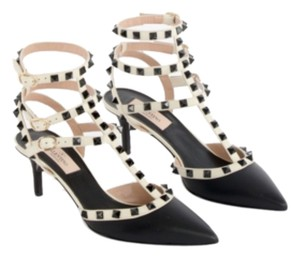 Valentino Rockstud And Fall 2015 Studded Black / White Pumps
